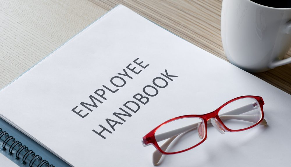4 Things to Include in Your Employee Handbooks